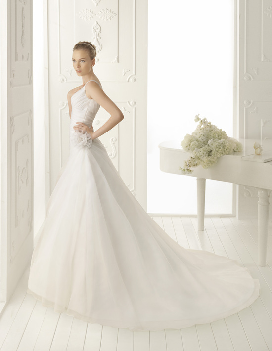 Aire Barcelona Wedding Dress 2013 Vintage Bridal Collection Valencia