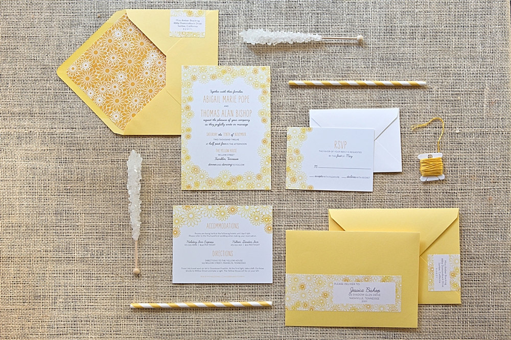 White-and-yellow-daisy-wedding-invitations.full