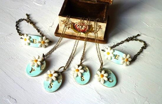 Personalized necklaces for bridesmaids aqua with daisies