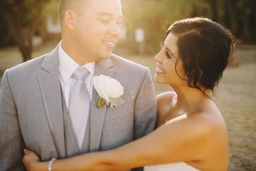 Stylish-grooms-attire-real-wedding-photos-1.full