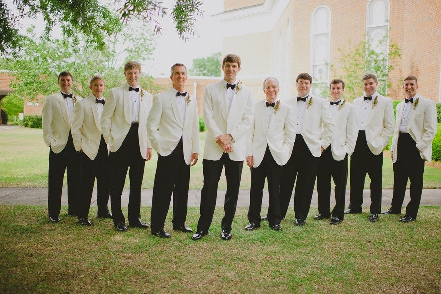 Stylish-grooms-attire-real-wedding-photos-6.full