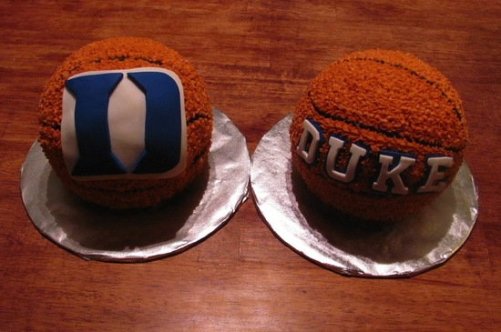 March Madness Wedding Ideas Duke cake pops