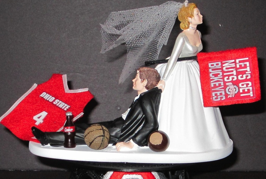 Funny-wedding-cake-topper-march-madness.full