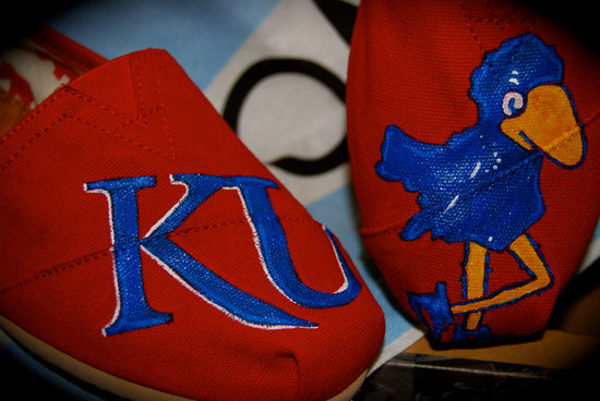 March Madness wedding ideas KU Toms