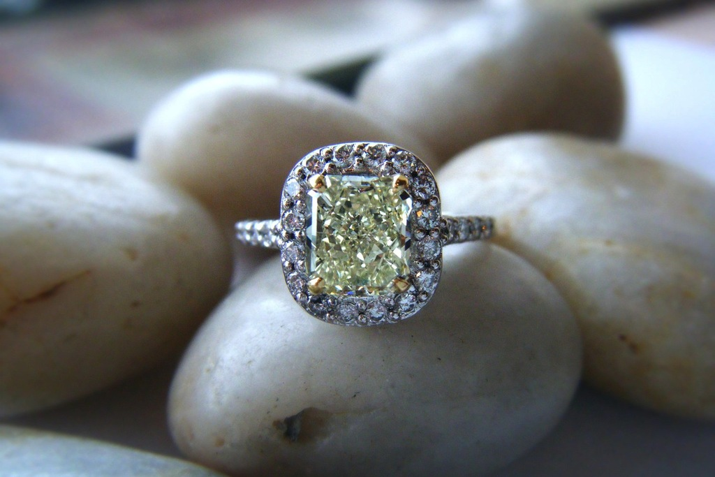 Fancy-yellow-diamond-engagement-ring.full