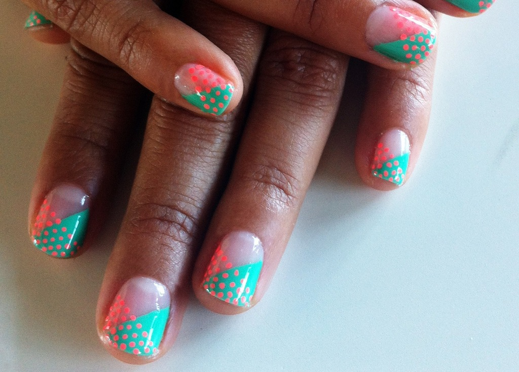 Teal-and-pink-unique-wedding-nails.full