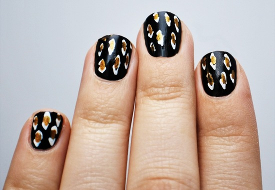 photo of Gold black silver wedding nails
