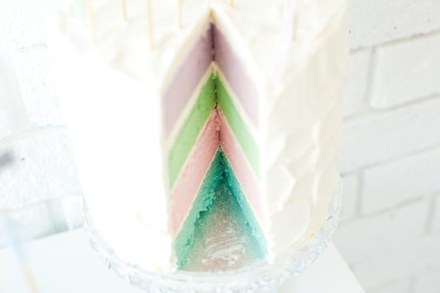 Pastel-tiers-simple-wedding-cake.full