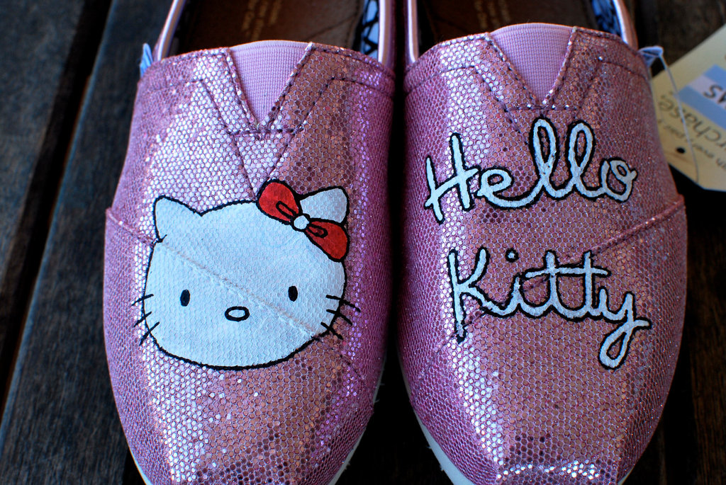 Pink-sparkly-hello-kitty-toms-wedding-shoes.full