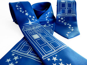 photo of TARDIS necktie by Etsy seller binarywinter