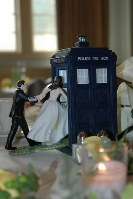 photo of Wibbly-Wobbly Timey-Wimey: Doctor Who Makes a Great Wedding Companion