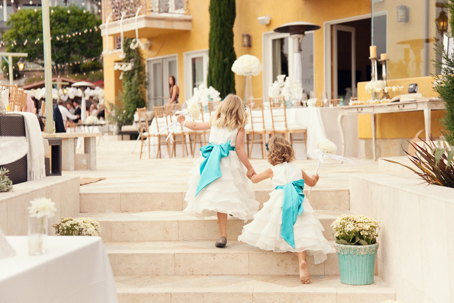 Pretty-flower-girl-dresses-white-with-turquoise-sashes.full