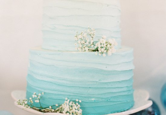 Turquoise ombre wedding cake