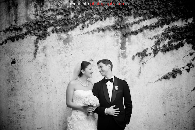 Hong-Kong-Country-Club-wedding-bride-groom-portrait-session-smiling-001