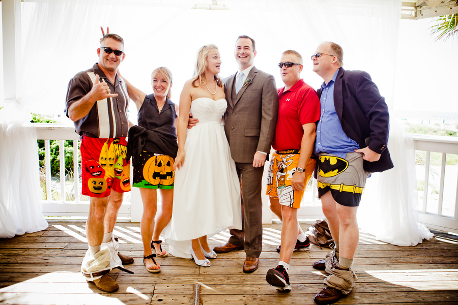 Hilarious Wedding Photo Groomsmen Drop Trou