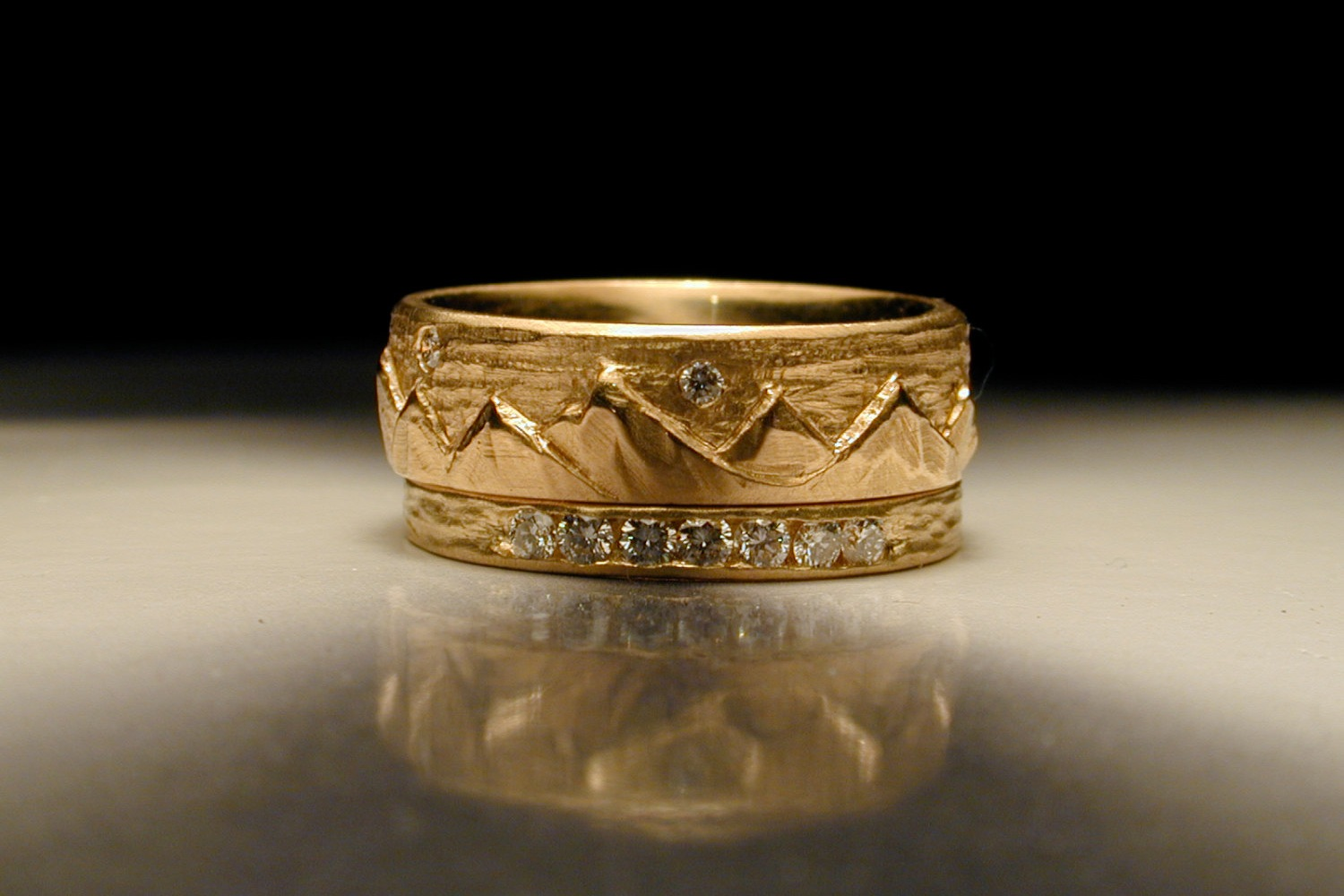 carved mountain gold wedding band for grooms onewedcom With carved wedding ring