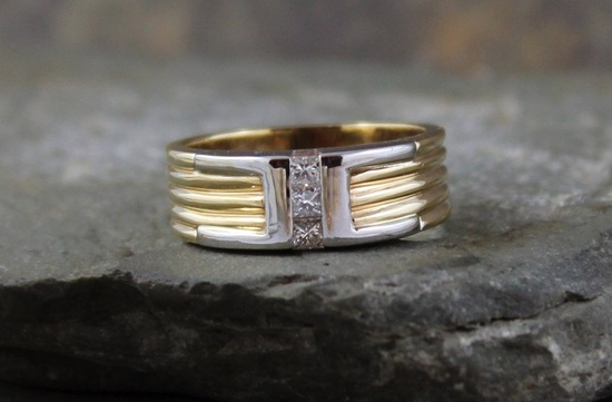 Vintage mixed metal wedding band