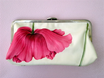 Pink_poppy_bridesmaid_clutch.full
