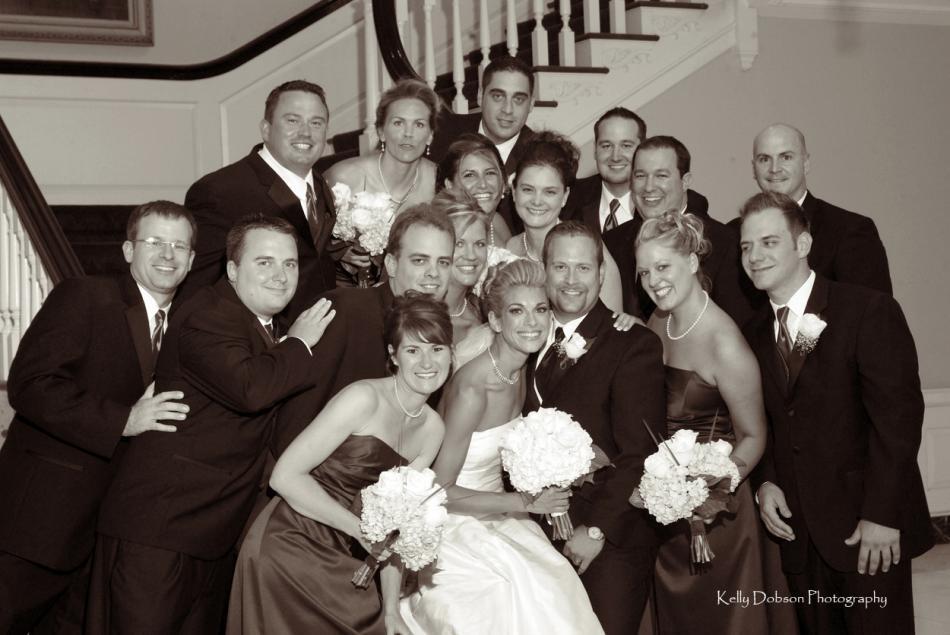 Featured_wedding_bride_groom_attendants.full