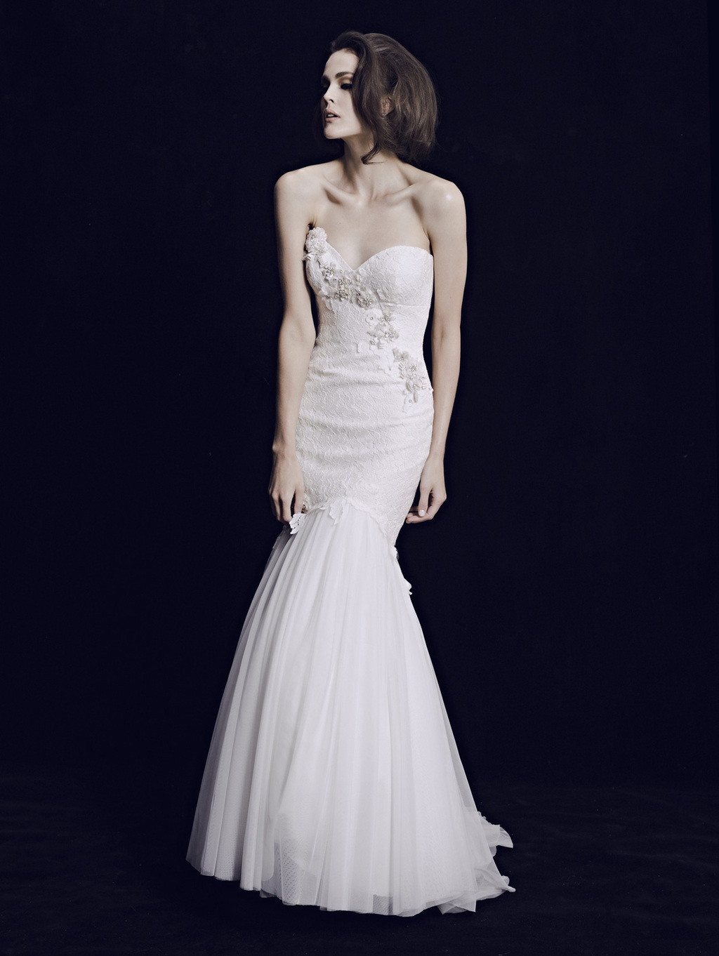 Mariana-hardwick-wedding-dress-2013-bridal-classic-11.full