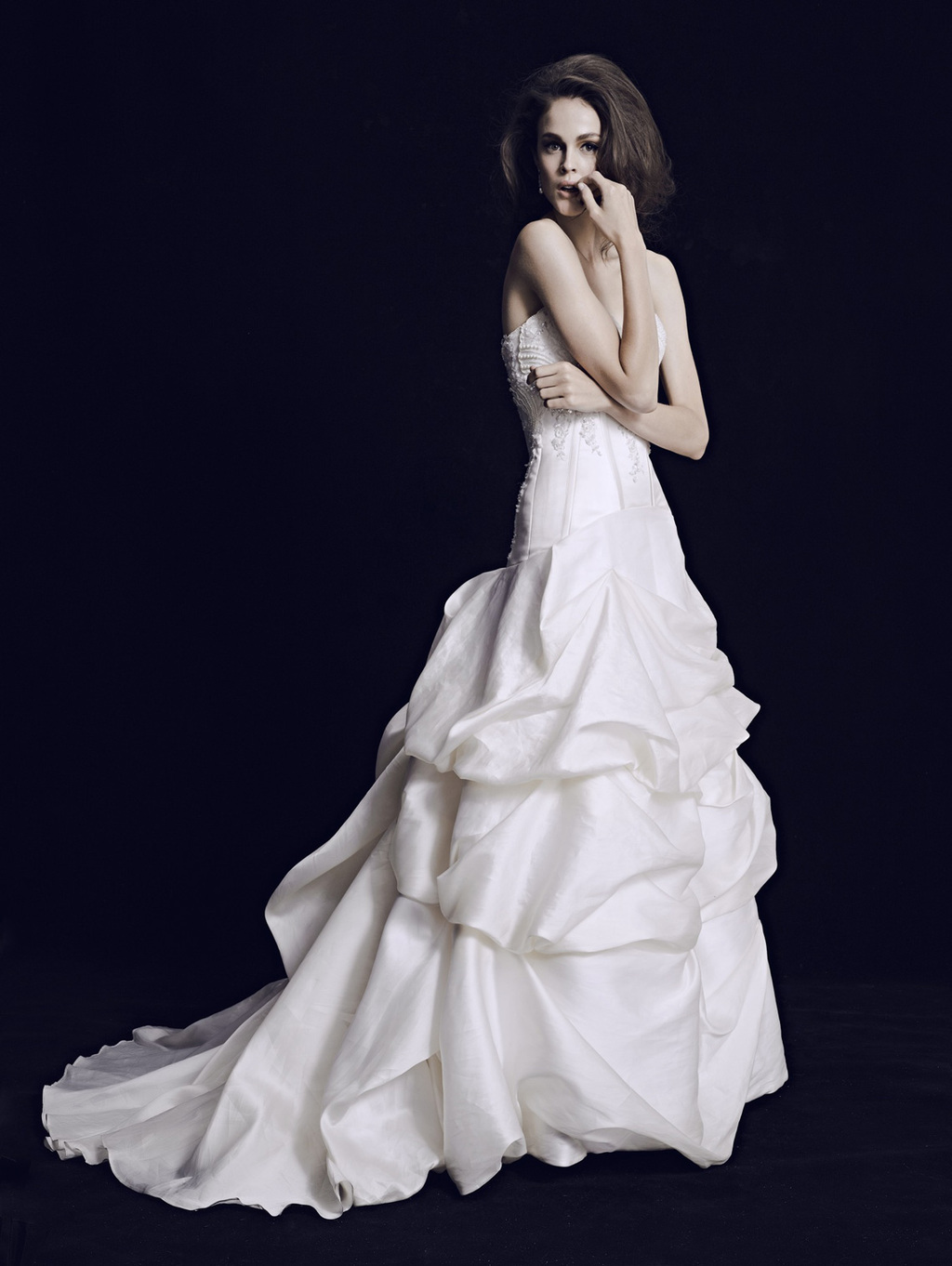 Mariana-hardwick-wedding-dress-2013-bridal-classic-10.full