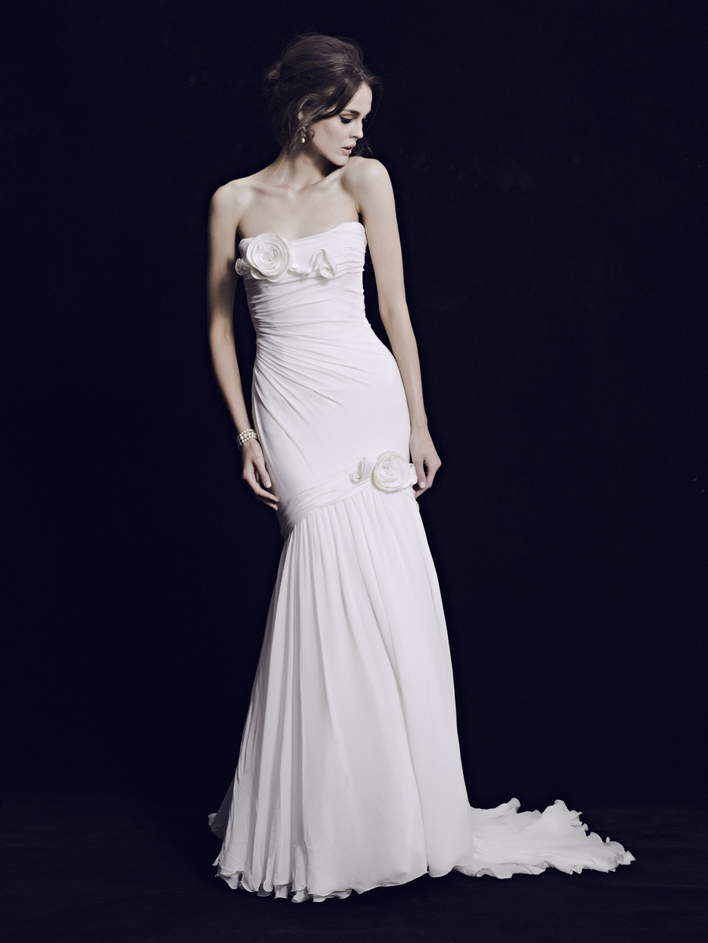 Mariana-hardwick-wedding-dress-2013-bridal-classic-8.full