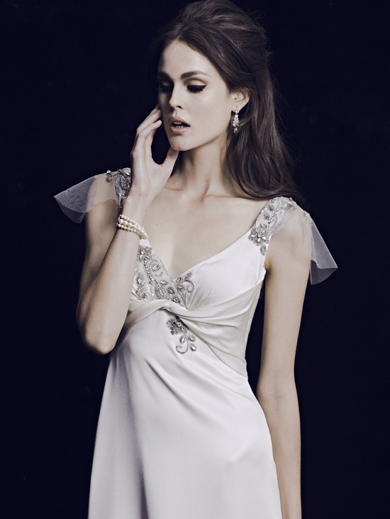 Mariana Hardwick Wedding Dress 2013 Bridal Classic 5