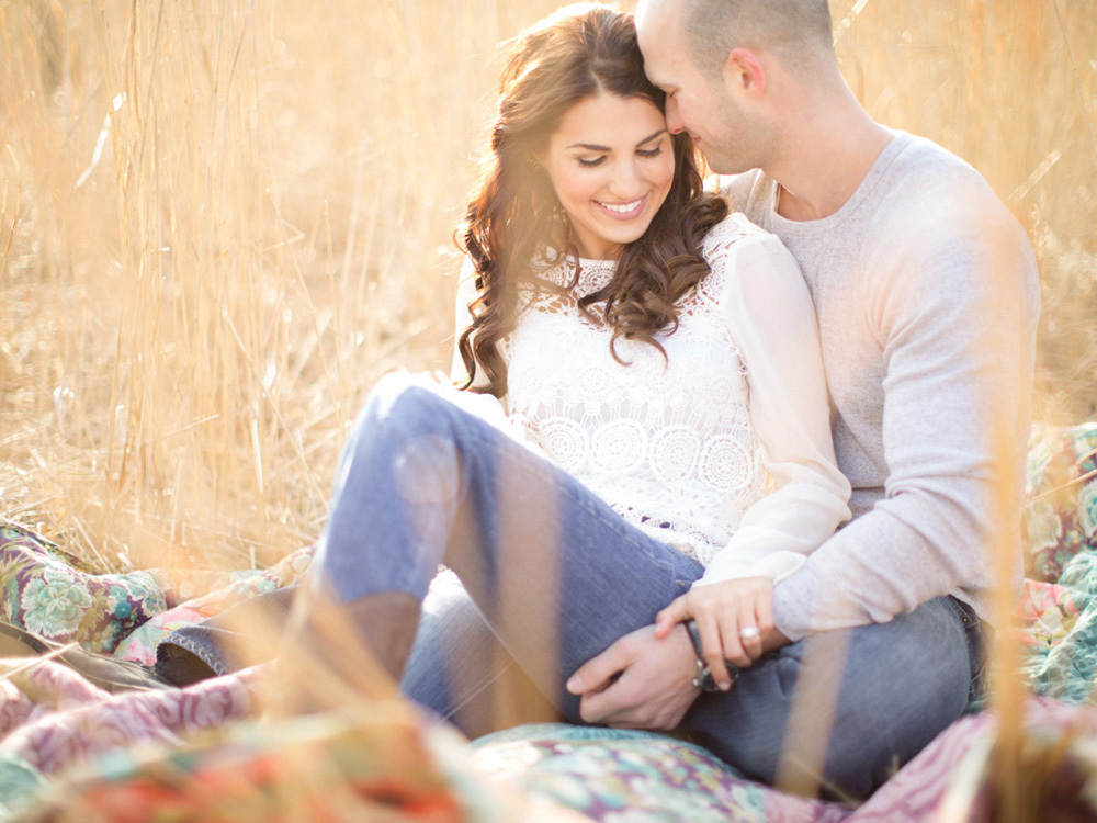 Nj-rustic-engagement-wedding-photographer-embrace.full