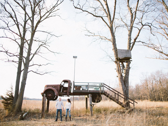 nj-rustic-engagement-wedding-photographer-truck