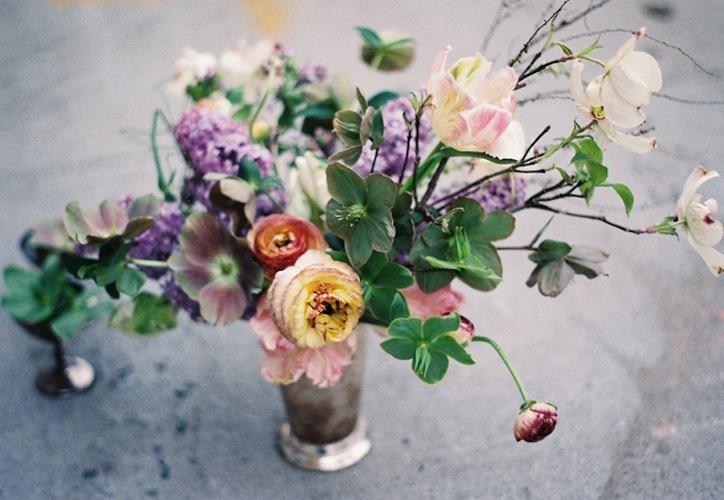 Branchy-dogwood-spring-wedding-centerpiece.full
