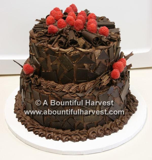 Dark_truffle_chocolate_grooms_cake_raspberries.full
