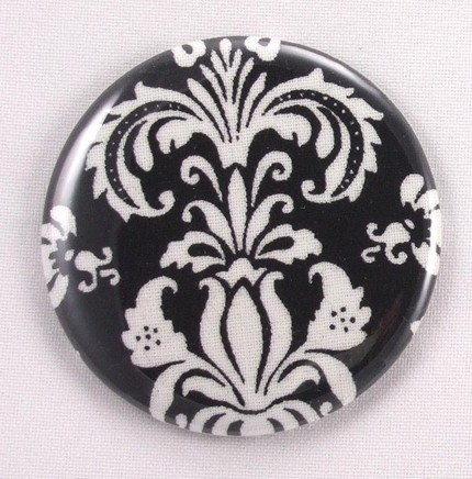 Bridesmaid_pocket_mirror_black_white.full