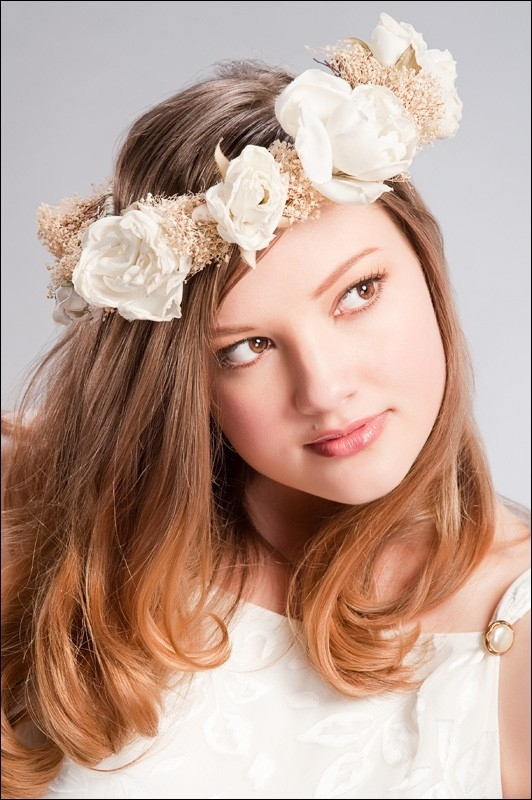 Wedding-fashion-style-headpieces-ivory-floral-crown-white-flowers.full