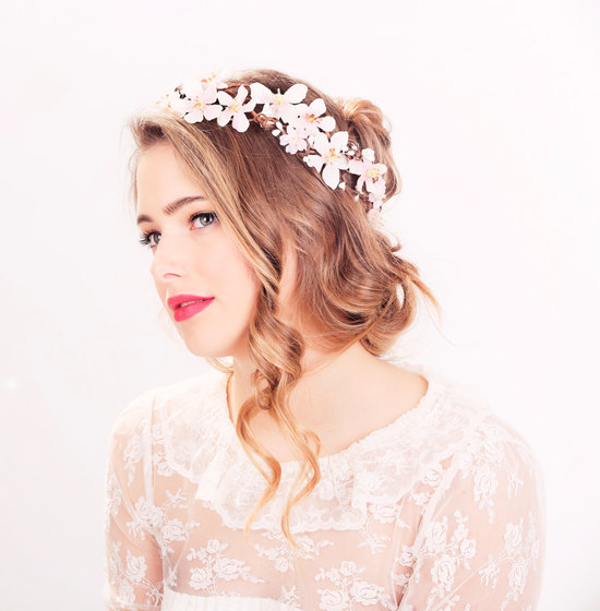 Falling curls romantic wedding hairstyle