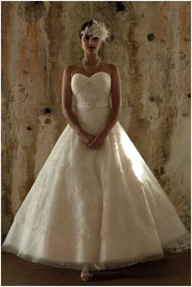 photo of Vintage-Inspired Wedding Gown: Timeless and Elegant