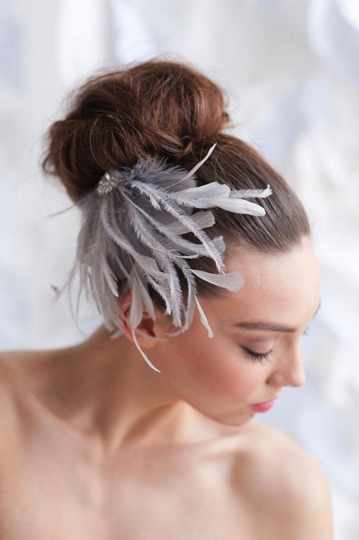 Whispy-feather-wedding-headpiece.full
