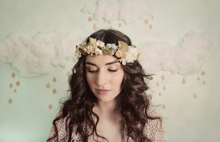 Romantic floral crown for spring brides