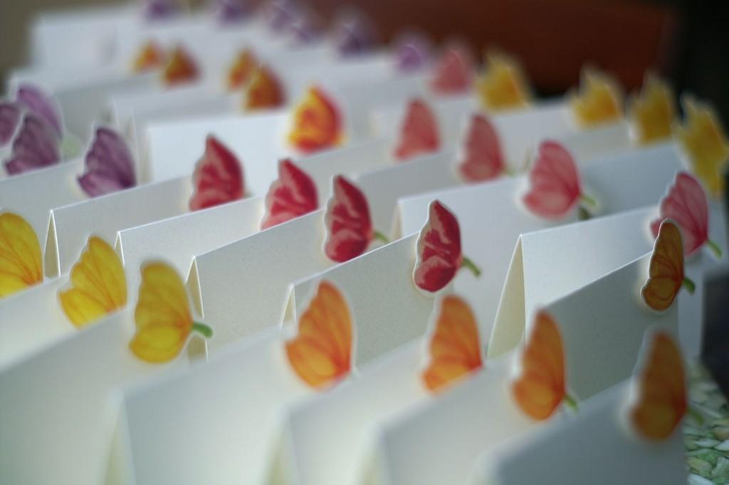Pretty-tulip-wedding-escort-cards.full
