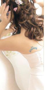 Wedding_ideas_something_blue_bridal_tattoo_shoulder.full