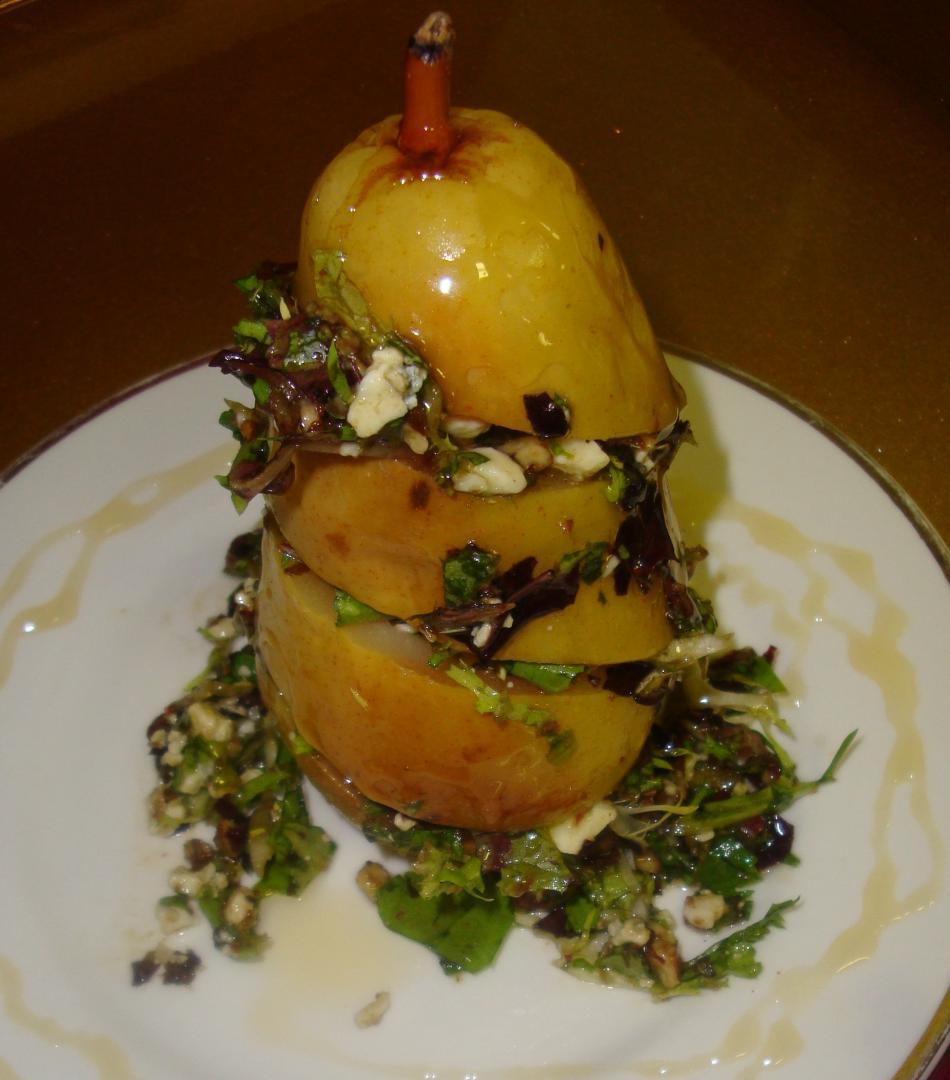 Jodys-pantry-catering-yummy-pear-salad-arugula-nuts.full