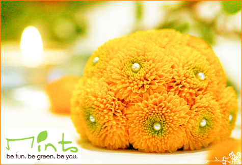Mints-design-citrus-meringue-cupcakes-wedding-theme-green-orange-yellow-flowers-with-pearls-in-middle.full