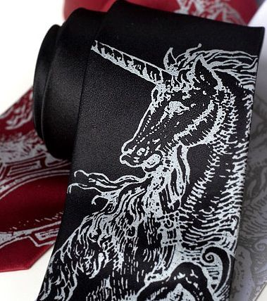 Wedding_ideas_groomsmen_ties_unicorn.full