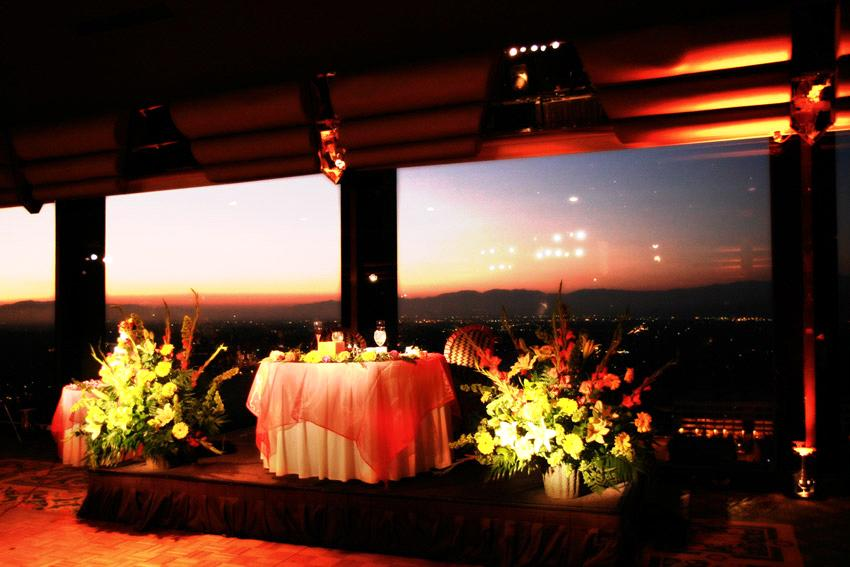 Sweetheart Table Vs Head Table For Wedding Reception: A Sweetheart Able Offers You Anew Husband Some Privacy And