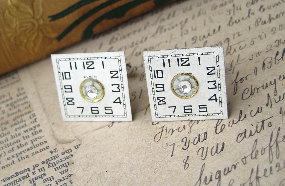 Unique-wedding-finds-antique-clock-cuff-links.full