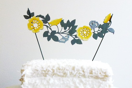Flower garland wedding cake topper