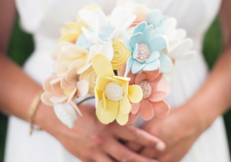 Pastel-felt-bridesmaid-bouquet.full