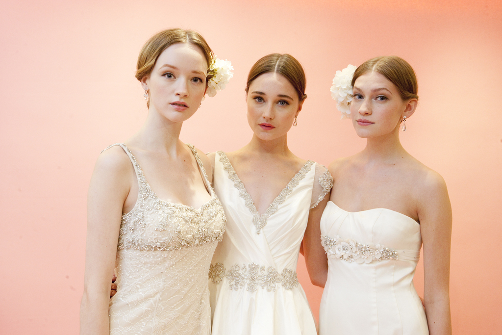 Bridal-beauty-inspiration-hair-makeup-from-moroccanoil-and-badgley-mischka-2.full