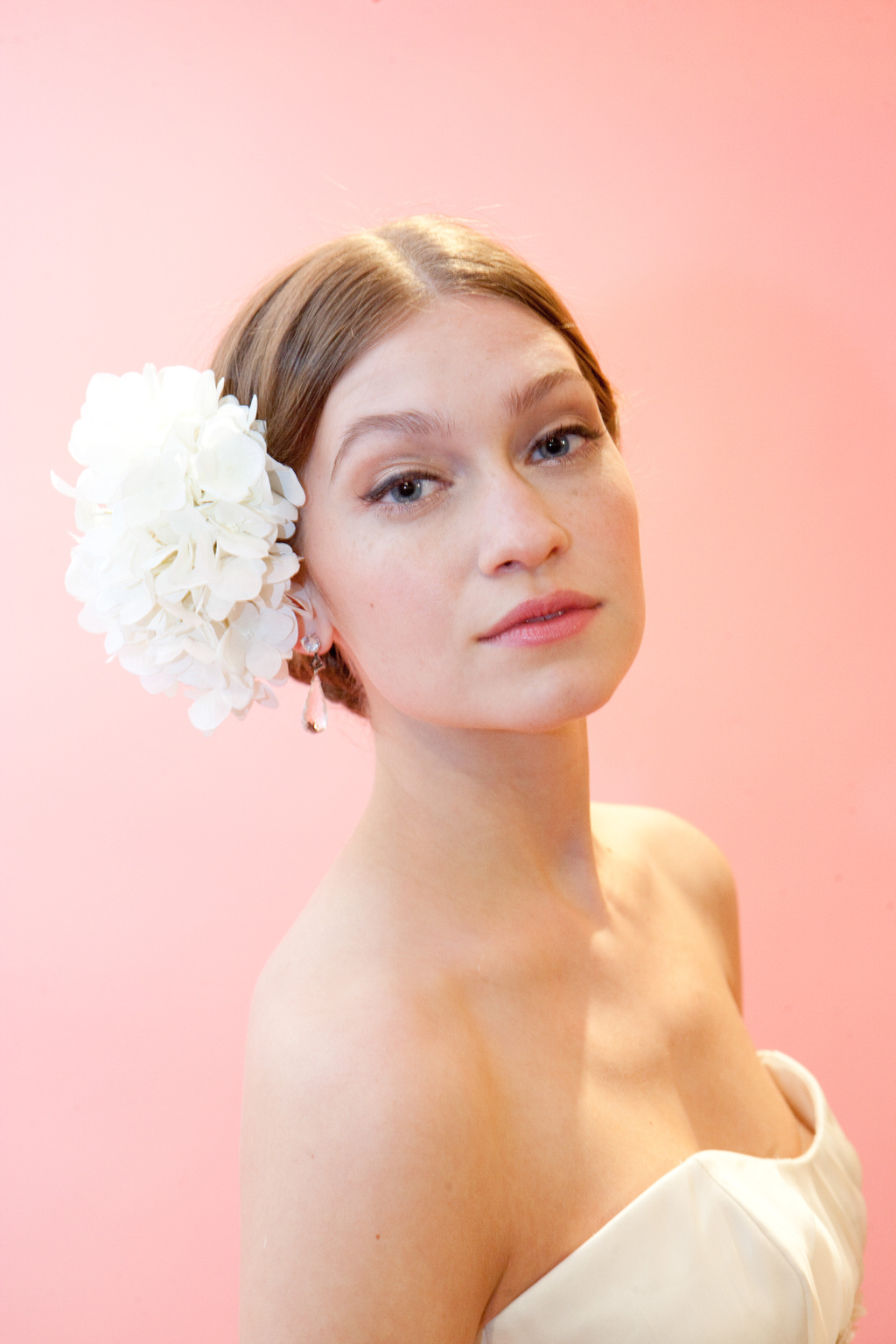 Moroccanoil_badgley_mischka_fall_2012_bridal-14.full