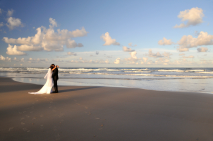photo of Top Tips for Getting Beautiful Photos at Your Beach Wedding