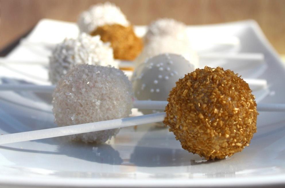 White-gold-sparkle-wedding-cake-pops.full